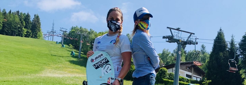 Michela Moioi e Camilla Ronchi sulla NEVEPLAST START SECTION in costruzione a SELVINO.